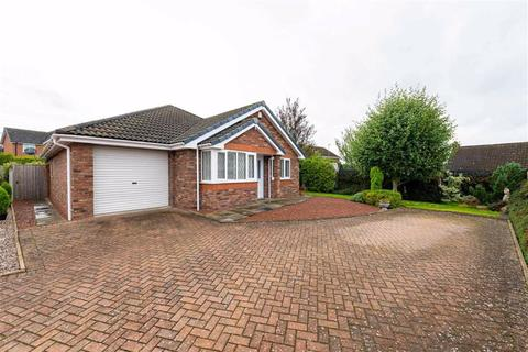 3 bedroom detached bungalow for sale - Rope Crescent, Crewe, Cheshire