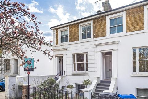3 bedroom end of terrace house for sale - St. Leonards Road, Surbiton