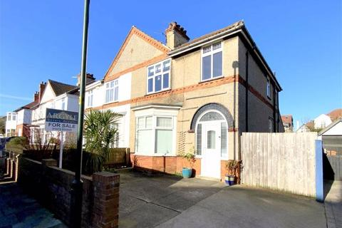 3 bedroom semi-detached house for sale - Signhills Avenue, Cleethorpes, North East Lincolnshire