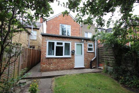 Studio to rent - Bartlemas Road, Oxford
