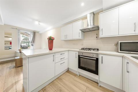 3 bedroom flat for sale - New Kings Road, SW6