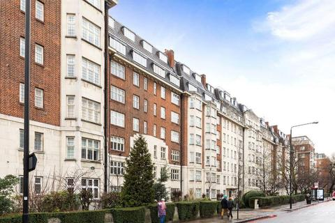 3 bedroom flat for sale - Wellington Court, 55-67 Wellington Road, London, NW8