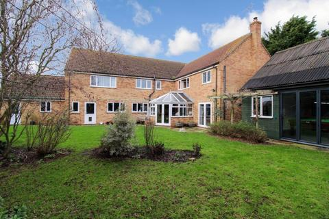 5 bedroom detached house for sale - Peartree Farm, 4 Barnes Drove, Bourne, PE10 0BN