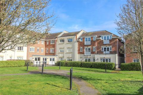 2 bedroom flat for sale - Wey House, Spiro Close