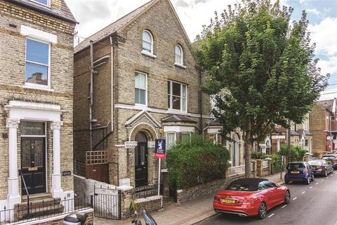 1 bedroom flat to rent - Werter Road, SW15