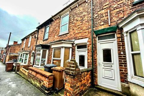 2 bedroom terraced house for sale - Charles Street West, Lincoln