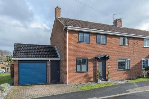 3 bedroom semi-detached house for sale - The Kylins, Morpeth, Northumberland, NE61