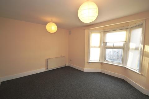 2 bedroom flat to rent - Wernbrook Street,  Plumstead Common, SE18