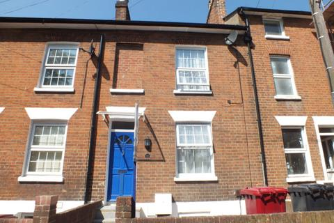 4 bedroom terraced house to rent - Howard Street, Reading