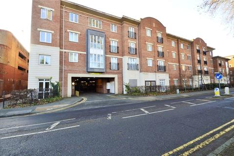 2 bedroom apartment to rent - Park View, Grenfell Road, Maidenhead, Berkshire, SL6