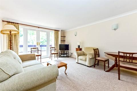 2 bedroom flat for sale - Avenue Road, Highgate, London, N6