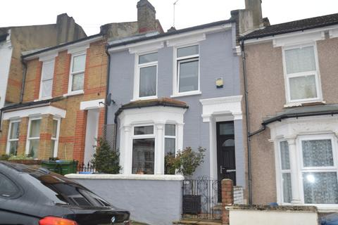 3 bedroom terraced house for sale - Bramblebury Road, London, SE18