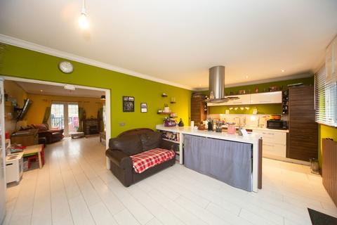 3 bedroom terraced house for sale - Angus Street