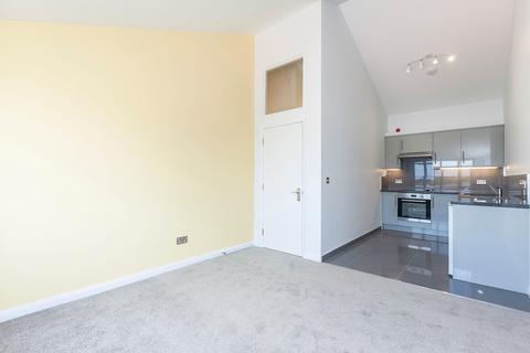 1 bedroom flat to rent - Roxwell Studios, Argall Avenue