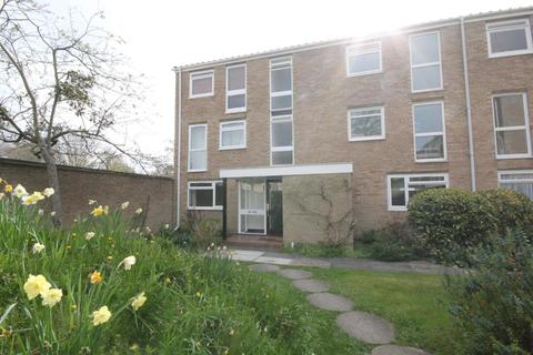 1 bedroom flat to rent - Harrowdene Gardens, Teddington, Middlesex, TW11 0DL