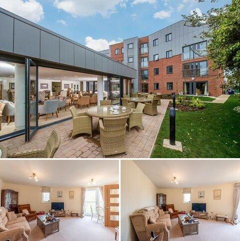 2 bedroom apartment for sale - Century Court, Wilford Lane, West Bridgford, Nottingham NG2