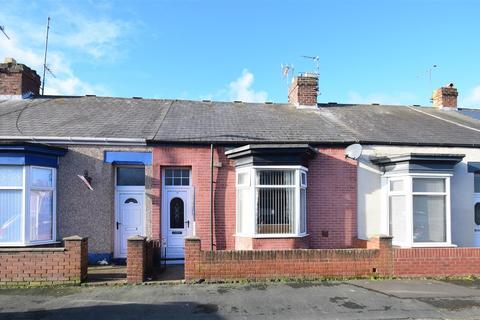 2 bedroom cottage for sale - Stansfield Street, Roker, Sunderland