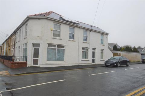 3 bedroom end of terrace house for sale - Talbot Road, Ammanford