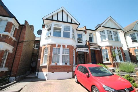 2 bedroom flat for sale - Derwent Road, Palmers Green, London N13