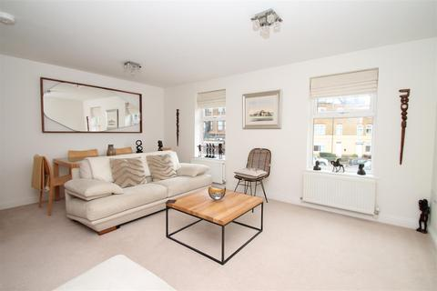 2 bedroom flat for sale - Buttery Mews, Southgate, London