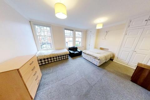 5 bedroom house to rent - Daneshill Road, Leicester