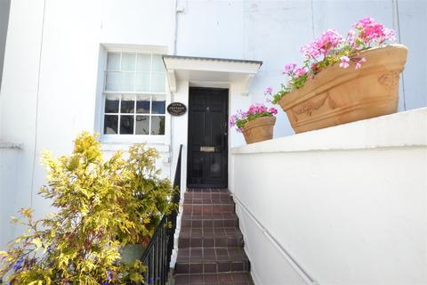 2 bedroom apartment to rent - Lewes Crescent, Brighton