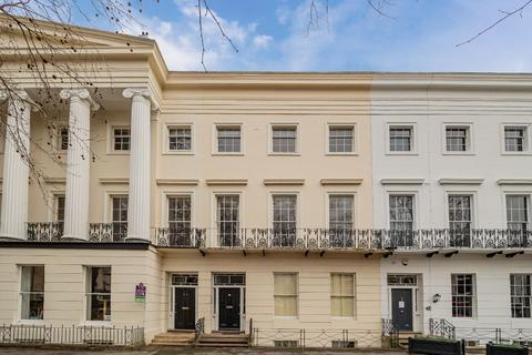 1 bedroom flat for sale - St Georges Road, Cheltenham, GL50