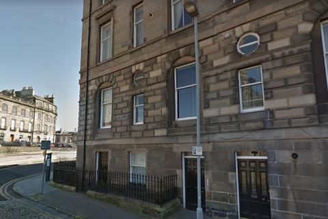2 bedroom flat to rent - Cornwallis Place, Bellevue, Edinburgh, EH3