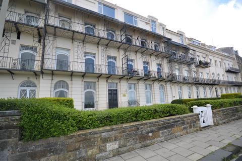 2 bedroom flat for sale - Esplanade, Scarborough
