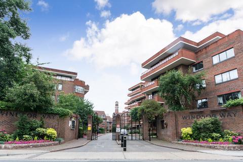 2 bedroom flat to rent - Warwick House, Windsor Way, Hammersmith, W14