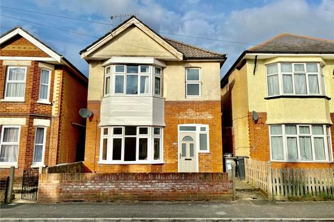 3 bedroom detached house to rent - Pine Road, Bournemouth, BH9