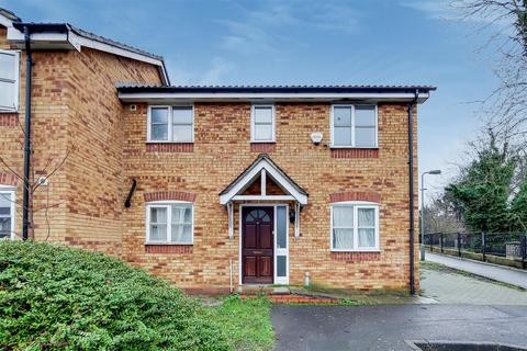 3 bedroom property for sale - Star Lane, St Mary Cray, Orpington, BR5 3LN
