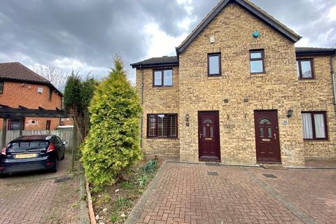 3 bedroom semi-detached house to rent - Vienna Grove, Blue Bridge, Milton Keynes, MK13