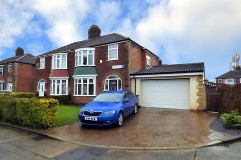 3 bedroom semi-detached house for sale - Saxby Road, Stockton-On-Tees, TS20