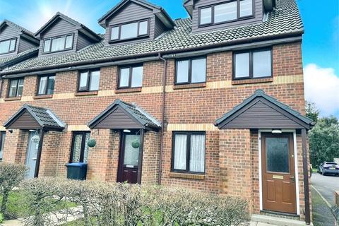2 bedroom maisonette to rent - Maypole Road, Taplow, Buckinghamshire