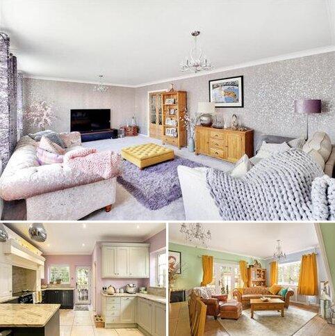4 bedroom detached house for sale - The Street, Smarden, Ashford, Kent, TN27
