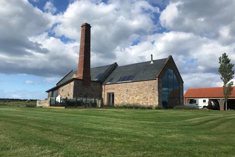 4 bedroom barn conversion for sale - Haggerston, Berwick-upon-Tweed, Northumberland TD15 2RN