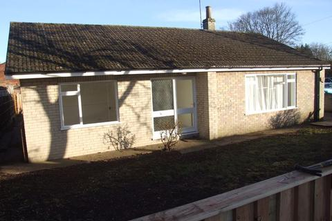 3 bedroom detached bungalow to rent - Elmhirst Road, Horncastle