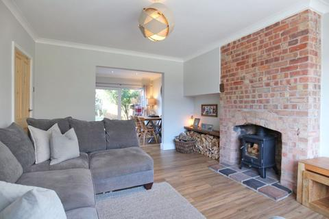 3 bedroom semi-detached house for sale - Park Estate, Shavington, Cheshire