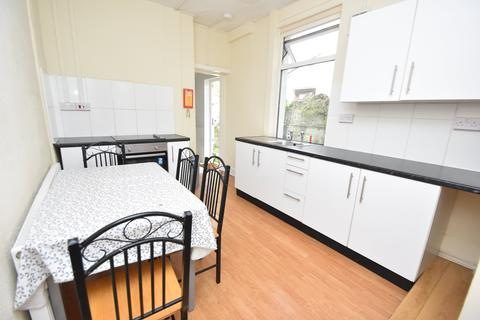 3 bedroom house to rent - Moy Road, Roath, Cardiff