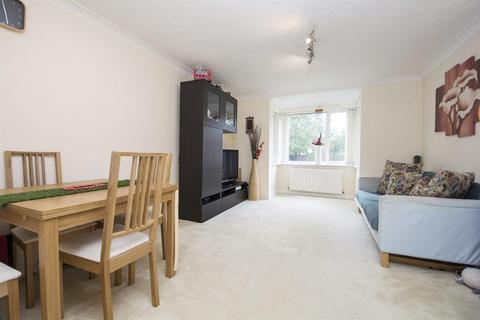 2 bedroom apartment for sale - Chaseley Drive, Central Chiswick, W4