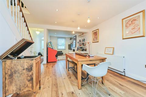 2 bedroom detached house for sale - Sutton Lane North, Central Chiswick, W4