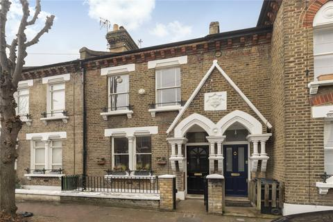 2 bedroom terraced house for sale - Elsley Road, London, SW11