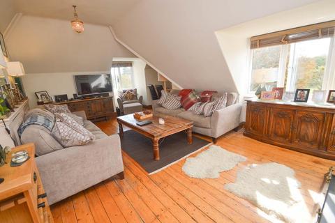 2 bedroom flat for sale - The Goffs, Eastbourne