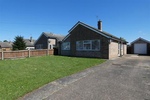 3 bedroom detached bungalow to rent - Sandgalls Road, Lakenheath