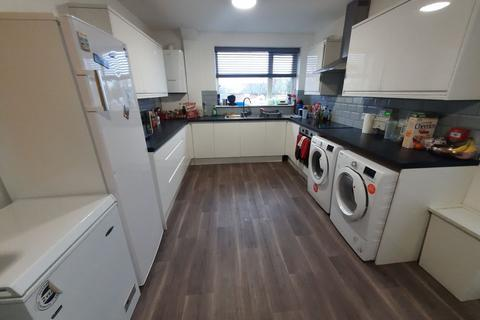 1 bedroom house share to rent - Fore Street, Heavitree, Exeter