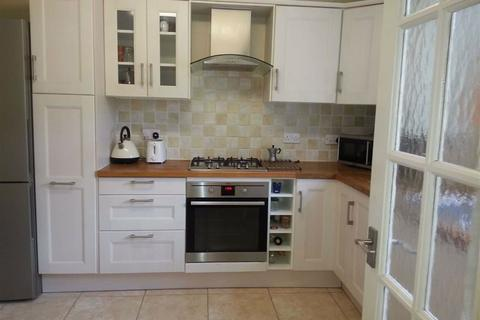 4 bedroom townhouse for sale - Vicarage Park, Plumstead, London, SE18