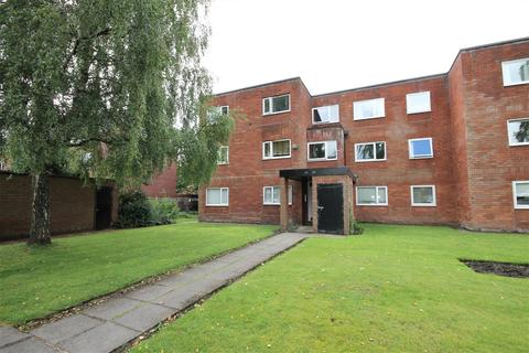 3 bedroom flat for sale - Greenside Court, Monton, Manchester