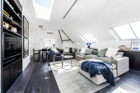 3 bedroom penthouse to rent - London