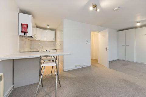 Studio to rent - Sinclair Road, Brook Green, London, W14